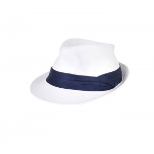 Banana Moon white hat for the beach